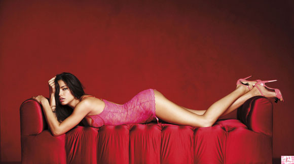 Adriana Lima – Victoria's Secret Lingerie 2010 - 10