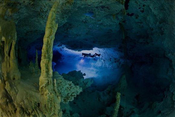 Podwodne jaskinie - Anatoly Beloshchin - zdjęcie 3