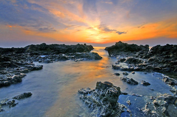 Skaliste-wybrzeze-Filipin- Lester-A.-Garcia2