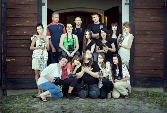 01.-pamiatkowa-zbiorowka-Czarowne Warsztaty-lato-2012