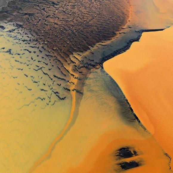 Zdjecia z nieba, kolory ziemi - Bernhard Edmaier, zdjęcie 9