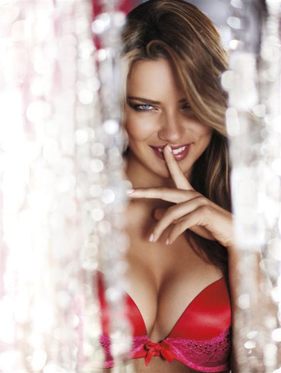 Adriana Lima – Victoria's Secret Lingerie 2010 - 12