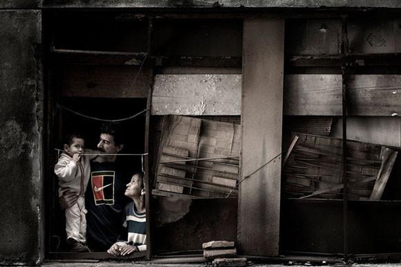 Julio Bittencourt - In a Window of Prestes Maia - zdjęcie 2