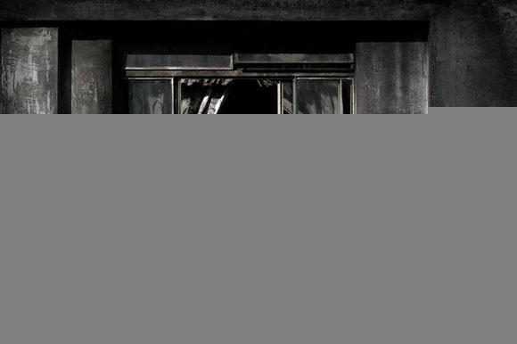 Julio Bittencourt - In a Window of Prestes Maia - zdjęcie 9